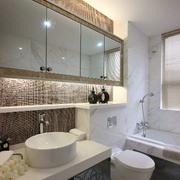 三室两厅洗手间装潢欣赏