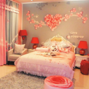 暖色调卧室窗帘图