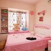 粉色系儿童房背景墙装饰
