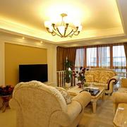 欧式简约风格客厅装饰
