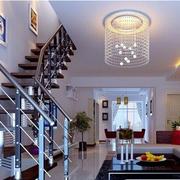简约风格小型原木楼梯装饰