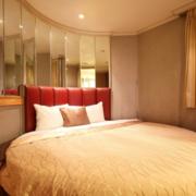 婚房卧室圆形床