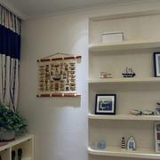 公寓卧室空间白色收纳