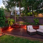 东南亚风格屋顶花园原木桌椅装饰