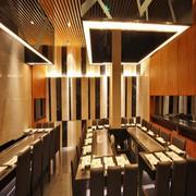 后现代风格餐馆皮制桌椅装饰