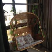 后现代风格简约藤制吊椅装饰