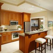 美式简约风格整体式厨房橱柜装饰