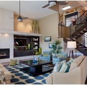 现代客厅楼梯设计