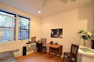 现代简约风格室内桌椅装饰