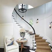大型阁楼旋转楼梯装饰