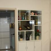 现代化厨房酒柜隔断装饰