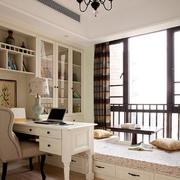欧式风格奢华地台窗户装饰
