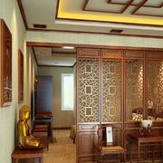 中式风格深色原木客厅隔断装饰