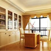 欧式风格奢华书房飘窗装饰
