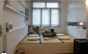 温馨舒适的小卧室榻榻米装修效果图