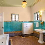 地中海风格卫生间瓷砖装饰