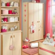 欧式简约风格儿童房衣柜装饰
