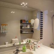 三室两厅洗手间置物柜欣赏