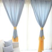 浅蓝色系简约客厅飘窗装饰