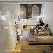 复式楼简约风格室内原木地板装饰