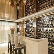 法式简约风格大型奢华酒柜装饰