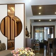 东南亚简约风格客厅原木隔断装饰