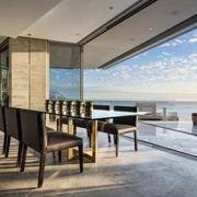 精美的别墅桌椅图