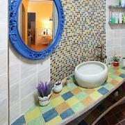 地中海风格卫生间置物架装饰