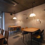 日式餐馆原木吊顶装饰