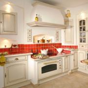 欧式风格厨房置物柜装饰