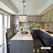 复式楼大型厨房吧台装饰