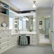 三室两厅优雅的洗手间