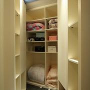公寓卧室空间衣柜