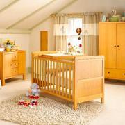 美式简约风格原木浅色儿童房装饰