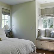 欧式清新风格卧室飘窗装饰