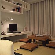 裸色系客厅地台