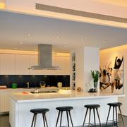 现代厨房吧台展示