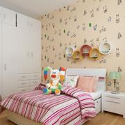 卧室白色小衣柜展示