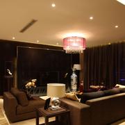 跃层式温馨客厅