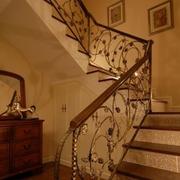 大户型楼梯装修图片