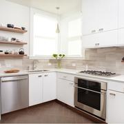 小户型简洁厨房