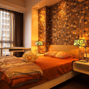 温馨暖色调的卧室