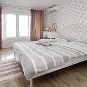 简约精致卧室