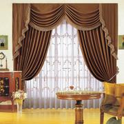 咖啡色的窗帘图片