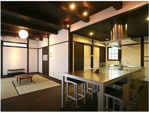 日式开放式厨房装修效果图