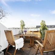 公寓露台实木餐桌椅