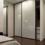 现代化的卧室衣柜