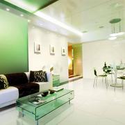 客厅绿色沙发背景墙