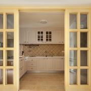 暖色调厨房效果图片