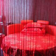 红色靓丽型酒店卧室